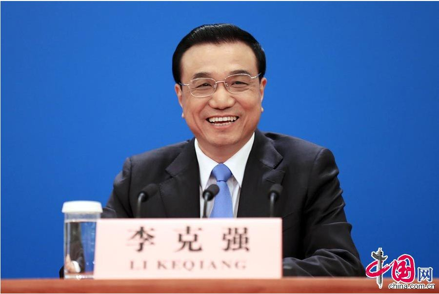 Chinese Premier Li Keqiang is hosting a press conference at the Great Hall of the People in Beijing, capital of China, March 15, 2015. [Dong Ning/China.org.cn]