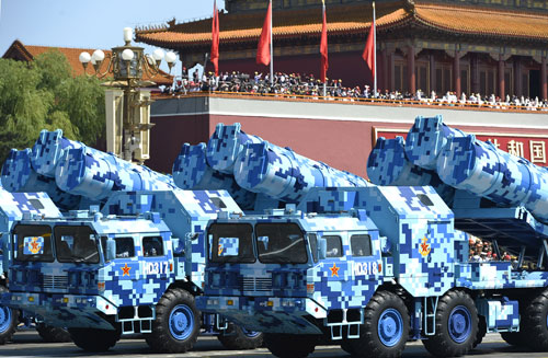In the photo is the formation of shore-to-ship missiles. [Photo/Xinhua]